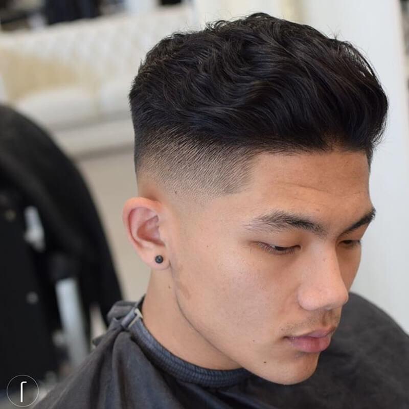 Kiểu tóc nam ngắn xoăn