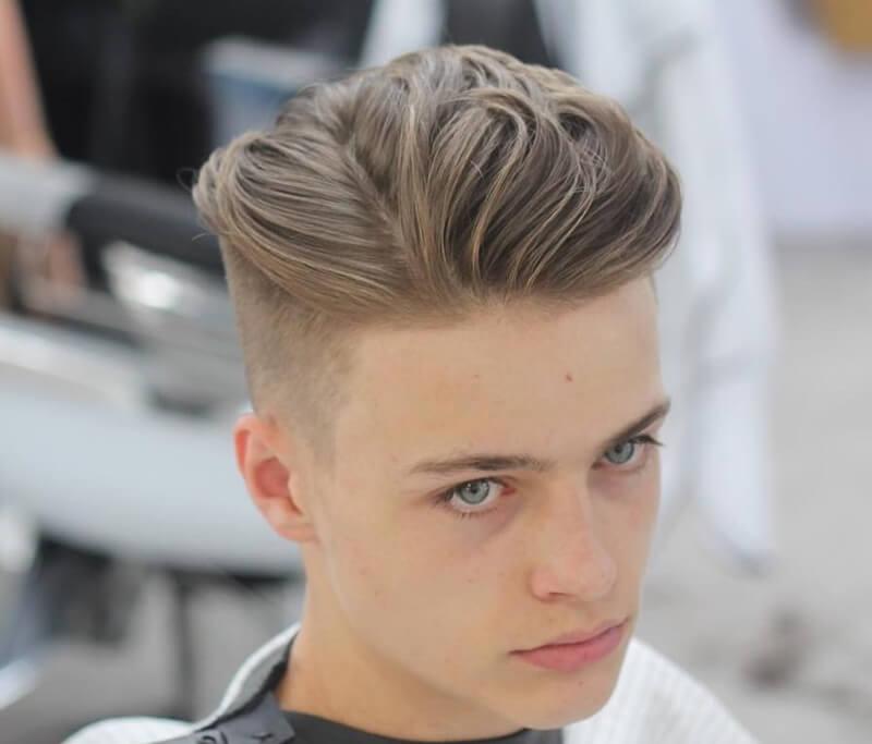 Tăng độ phồng cho tóc bằng cách Uốn tóc