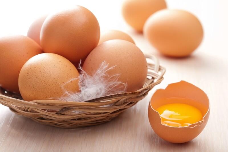 Phục hồi tóc bằng Trứng