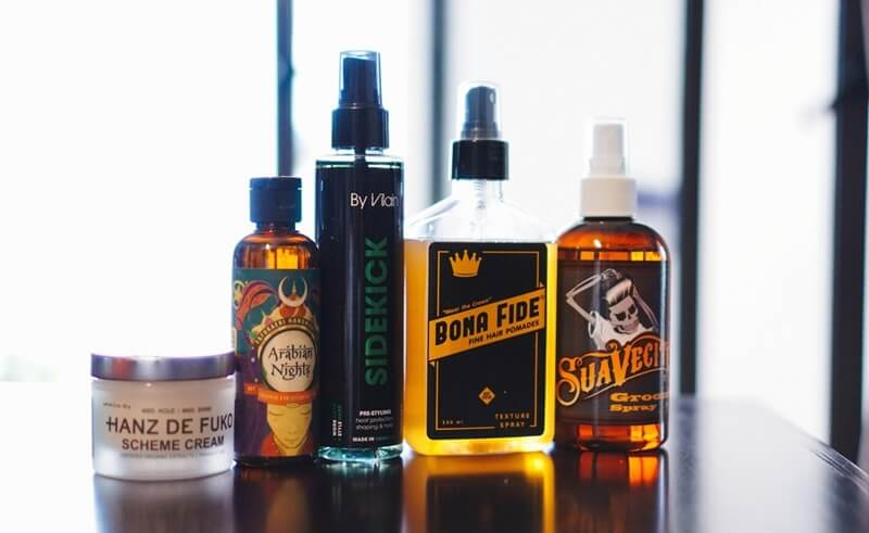 Pre-styling bằng các sản phẩm dạng Hair Spray (dạng xịt)