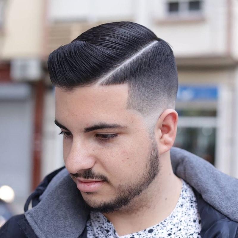 Kiểu tóc namTextured Comb Over + Mid Fade