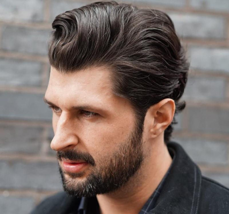 Kiểu tóc namSweep Back xoăn