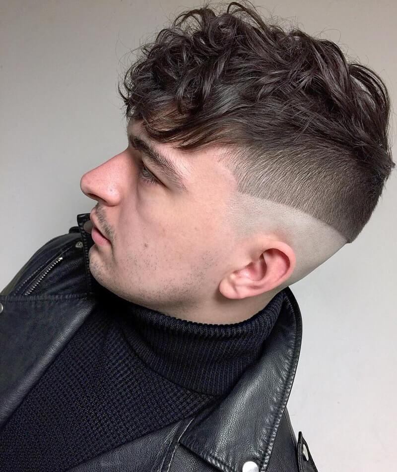 Kiểu tócJagged Neckline